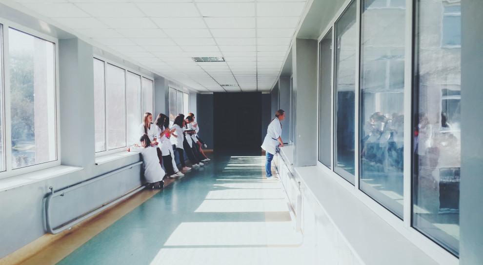 Po bexicie lekarze uciekną z Wielkiej Brytanii?