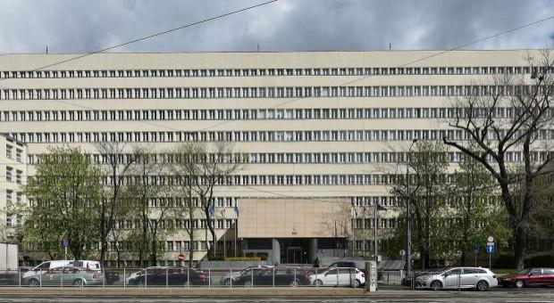 Pracownicy resortu obrony narodowej chcą podwyżek. Piszą do ministra