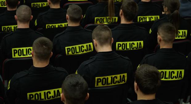 """PO o zdarzeniu z kierowcą Kaczyńskiego: Dlaczego KGP próbowała """"zastraszyć"""" policjanta?"""