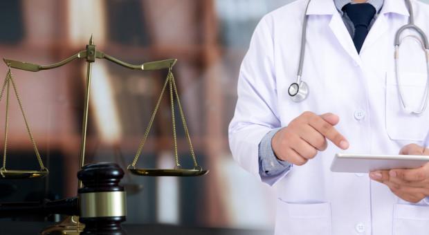 Białystok. Ruszył proces chirurga oskarżonego o błąd w sztuce medycznej