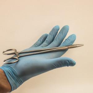 Studenci medycyny z Zielonej Góry mistrzami w... szyciu chirurgicznym