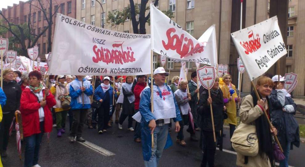 Nauczyciele protestowali we wrześniu 2018 r. pod MEN (fot. Solidarność - Pomorze)