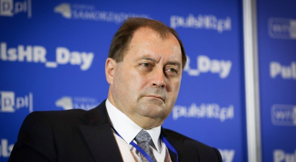 Wiesław Łyszczek, Główny Inspektor Pracy wskazuje, że pracodawcy mogą publikować tą samą ofertę z różnymi propozycjami wynagrodzeń w kilku miejscach. Fot. PTWP