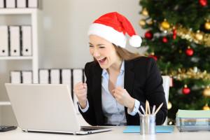 Świąteczne premie ratują w grudniu stan kont