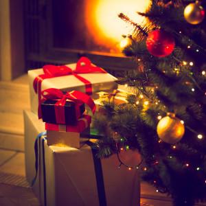 Firmowe prezenty świąteczne. Kiedy nie trzeba odprowadzać podatku?