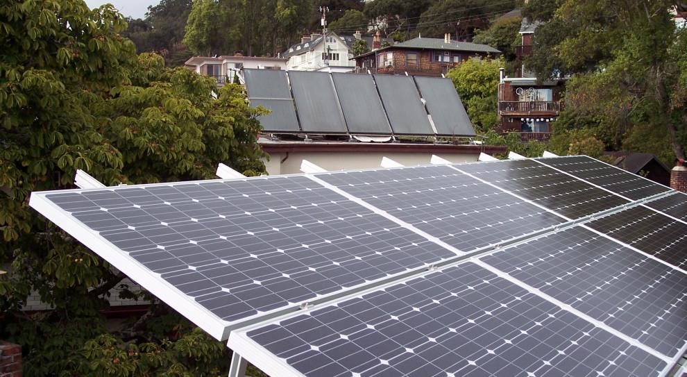 Mikroinstalacje pomogą obniżyć koszty energii w firmach
