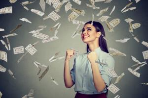 Nowe świadczenie. 500 plus dla... zarabiających płacę minimalną