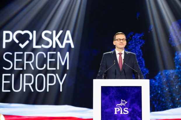 Premier obiecuje Polakom zarobki na poziomie europejskim. Ruszy wielki program wyższych płac