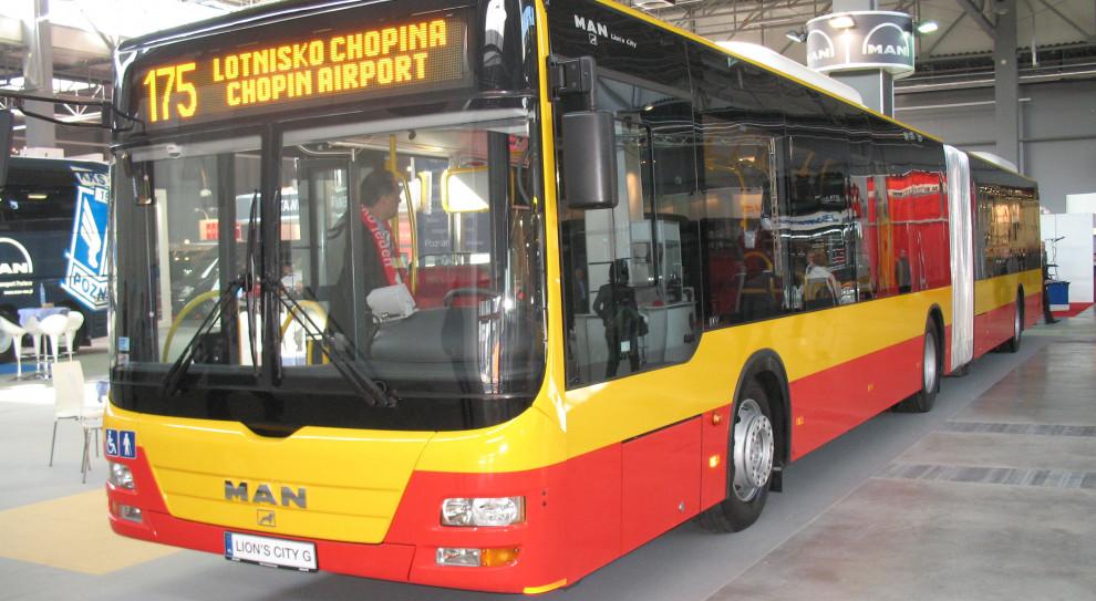 Kierowcy stołecznych Miejskich Zakładów Autobusowych uhonorowani za pomoc warszawiakom