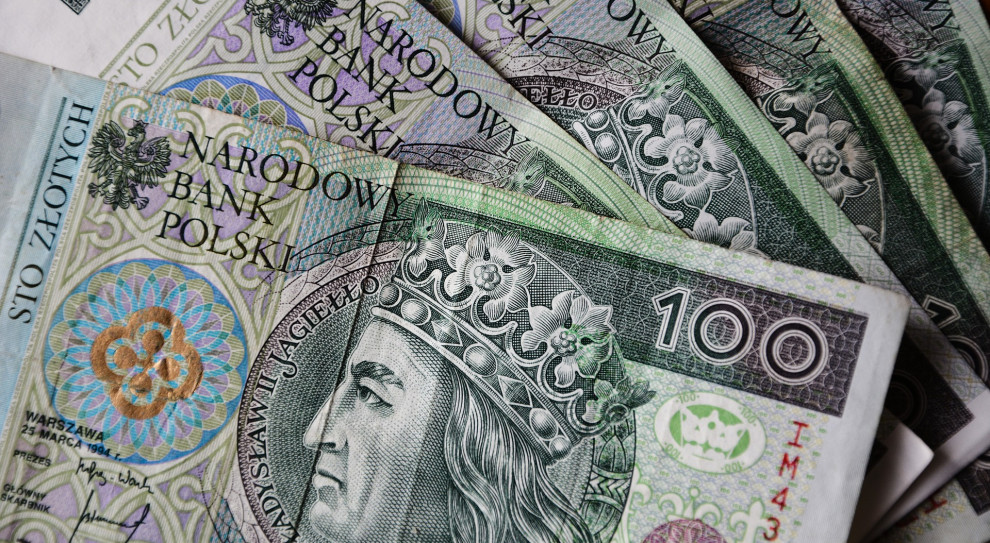 Znamy wynagrodzenia w sektorze przedsiębiorstw. W listopadzie wzrosły o 7,7 proc.