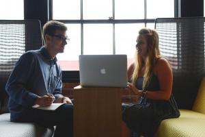 80 proc. małych firm dostrzega korzyści z motywowania pracowników