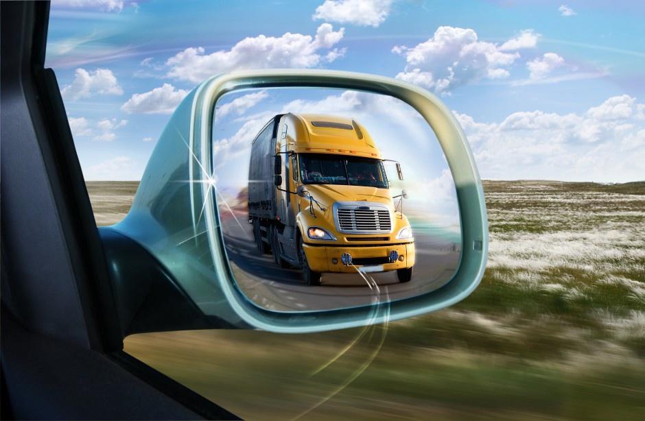 Truckerzy opracowali wiele metod fałszowania czasu jazdy. (Fot. Shutterstock)