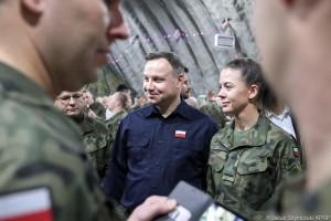 Prezydent wysoko stawia bezpieczeństwo żołnierzy