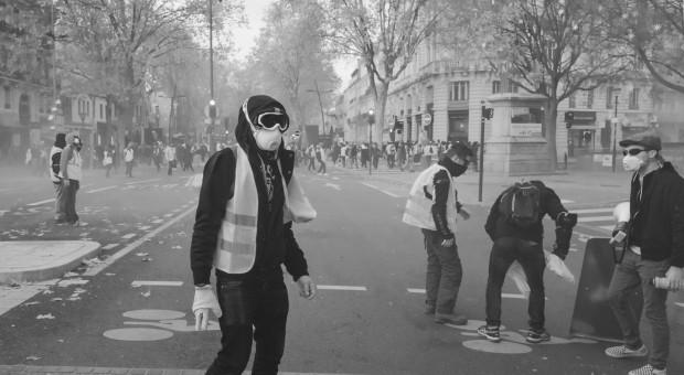 """Portugalska policja rozbija protesty """"żółtych kamizelek"""""""