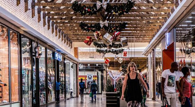 W Wigilię, 24 grudnia większość sklepów otwarta do godziny 14