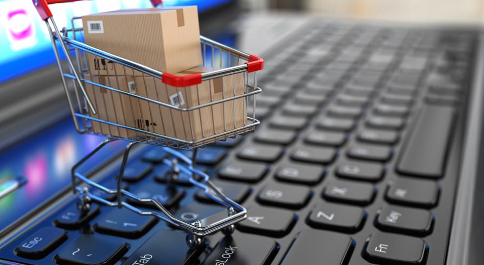 Rozwój technologii zmienia handel online i offline. Sztuczna inteligencja wesprze pracowników