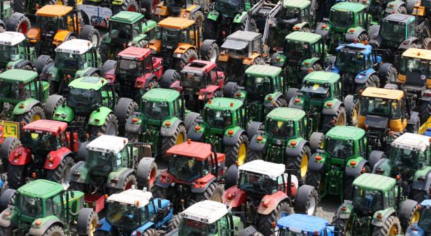 """Rolnicy wyszli na ulice. """"Mamy dość obietnic, żądamy działań"""""""