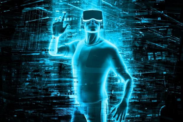 Wirtualna rzeczywistość (VR) jest jednym z rozwiązań, które pozwalają zaangażować i zaciekawić pracowników, jednocześnie pokazując im, jak przełożyć naukę na rzeczywistość. (Fot. Shutterstock)