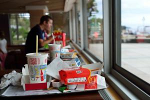 W McDonald's przetestują słomki z papieru