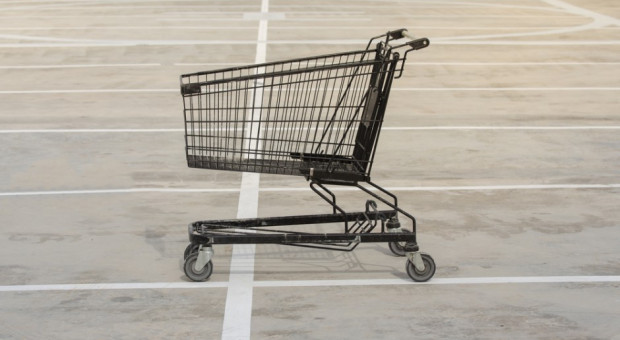 """""""Zakaz handlu w niedziele doprowadził do likwidacji 20 tys. sklepów"""". Co dalej?"""