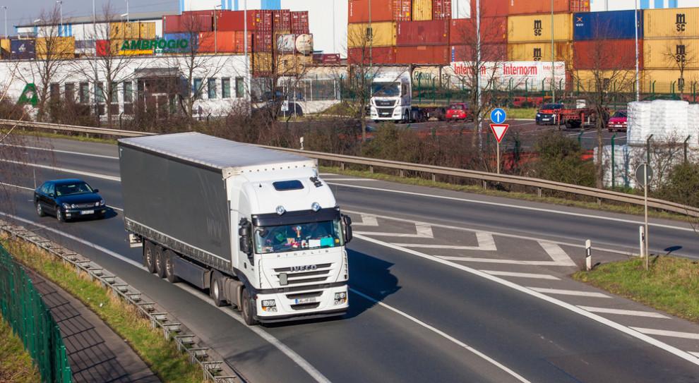 Polscy przewoźnicy zaniepokojeni propozycjami europosłów