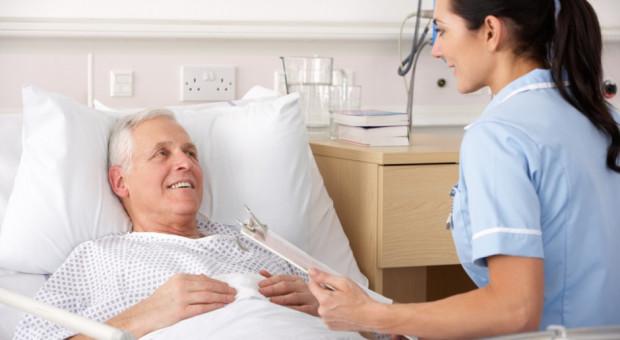 Pielęgniarki z Ukrainy nie mogą pracować w polskim szpitalu, choć skończyły studia w Polsce