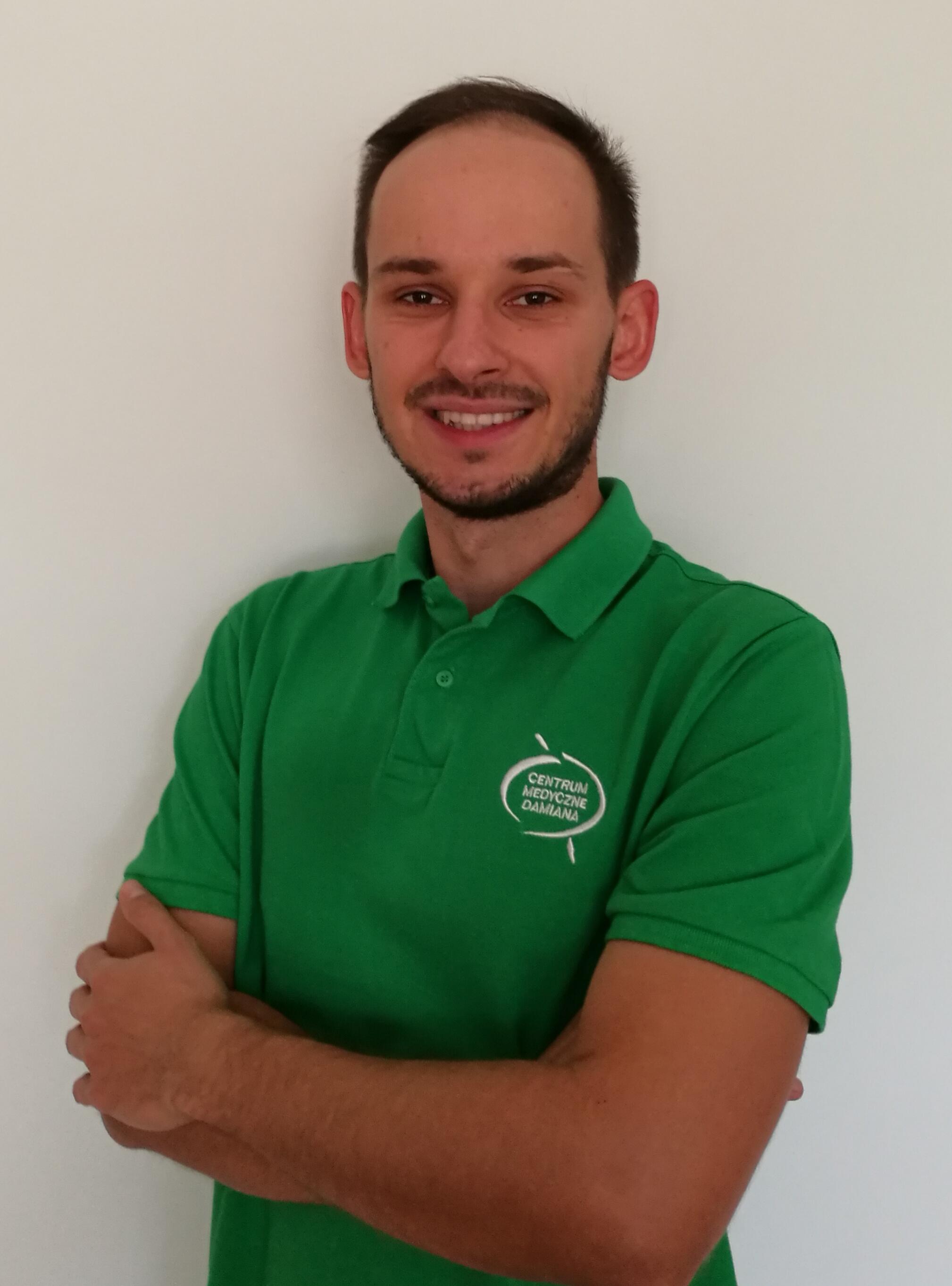fizjoterapeuta Mateusz Dul (fot. materiały prasowe)