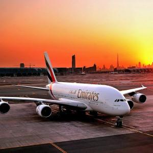 Linie Emirates rekrutują pracowników w polskich miastach