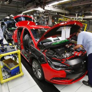 """Opel uruchamia fabrykę silników. """"Załoga z Tychów udowodniła, że ma zdolność zwiększenia wydajności"""""""