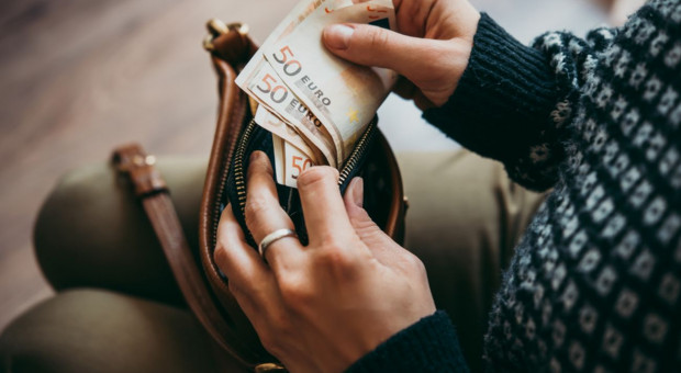 Za płacę minimalną kupimy więcej niż Czesi, Słowacy czy Węgrzy
