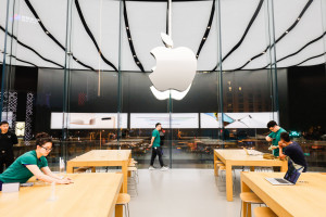 Apple zmienia politykę zatrudnienia. Ograniczy rekrutację