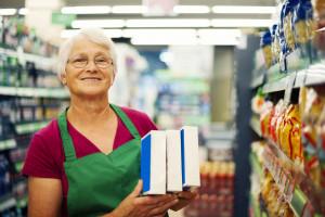 Dziadkowie pracują, bo chcą, czy muszą?
