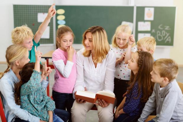 Uczniowie stracą na strajkach nauczycieli? Rzecznik ostrzega