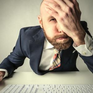Dlaczego ludziom nie chce się wstać i iść do pracy? Nie w samej pracy przyczyna