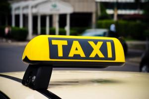 Rząd Katalonii spełni żądania strajkujących taksówkarzy
