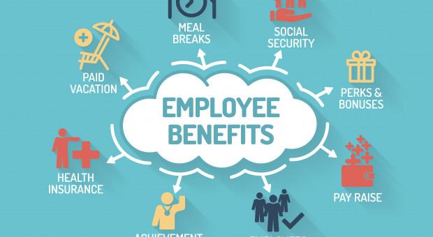 Gigantyczny wzrost wydatków na benefity dla pracowników. Absurdów też nie brakuje