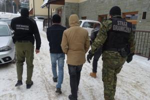 Chcieli nielegalnie wjechać do Polski ukryci w samochodowej chłodni
