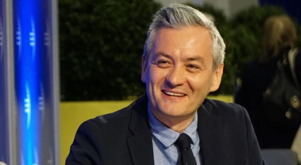 Robert Biedroń proponuje emeryturę minimalną 1600 zł dla mieszkających w Polsce co najmniej 40 lat