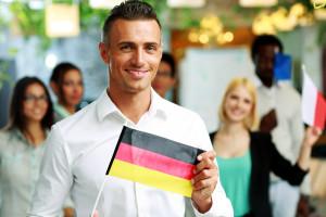 """Już nie """"śmieciówki""""na saksach. Wyjazdy """"za pracą"""" są inne niż kiedyś"""