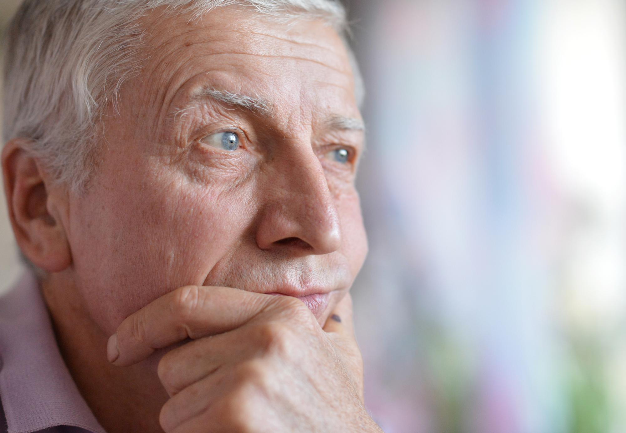 Z badania Grupy Progres wynika też, że rekrutowani kandydaci w wieku 50-60+, gdy dostaną pracę nie odchodzą z niej z dnia na dzień (fot. shutterstock)