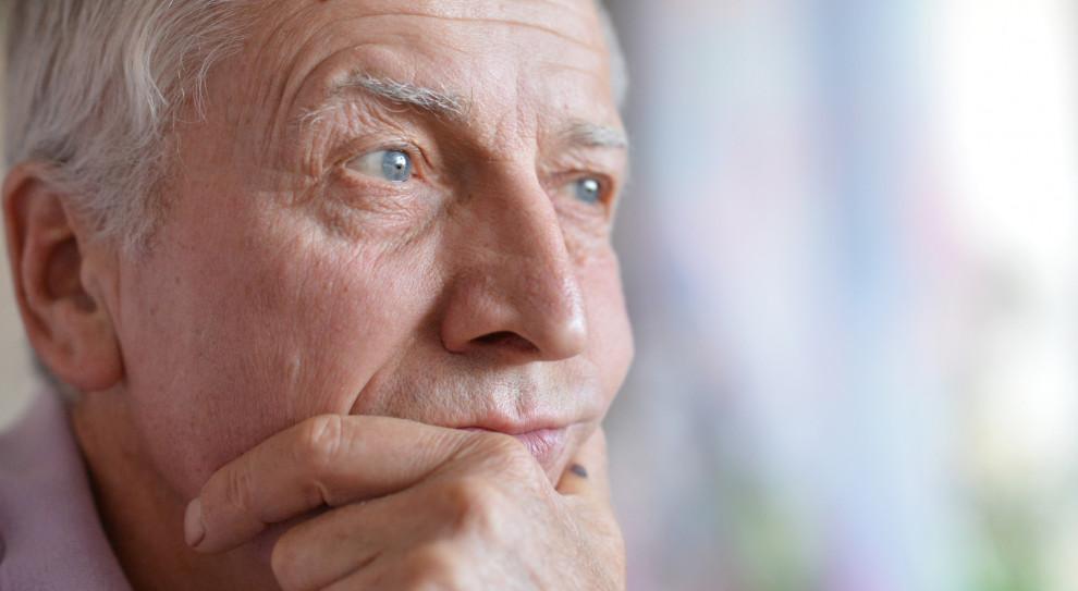 Mężczyźni skarżą się na dyskryminację. Dowodem wiek emerytalny kobiet