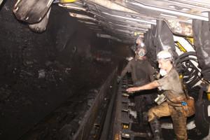 Minister włączył się w rozmowy płacowe w górniczej spółce