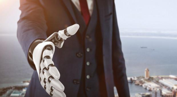 Roboty współpracujące przejmują coraz więcej zadań. Mogą z powodzeniem zastąpić człowieka