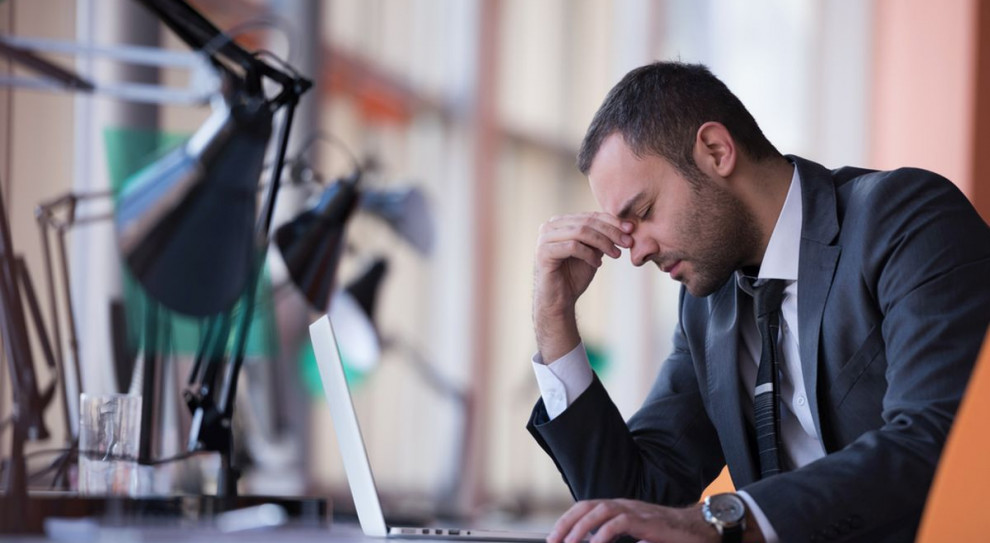 W jaki sposób praca cię zabija, czyli stres i wypalenie zawodowe poważnym problemem