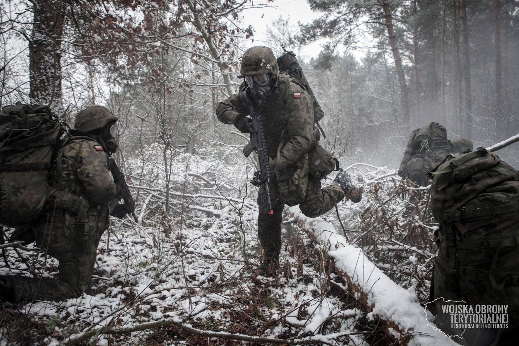 Szkolenie taktyczne integruje wszystkie zagadnienia niezbędne żołnierzowi do przetrwania w czasie działań wojennych. (Fot. Facebook/Wojska Obrony Terytorialnej)