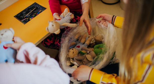 Tysiąc pluszaków dla małych pacjentów