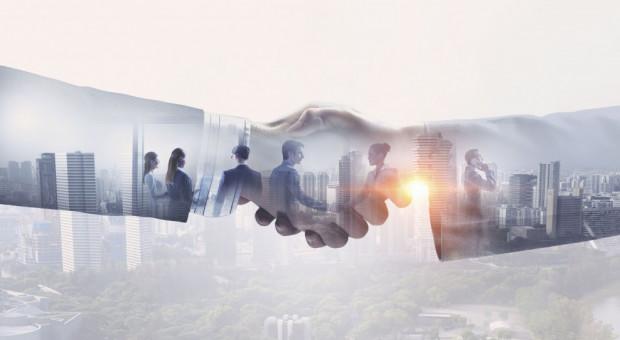 Mediacje korzystniejsze niż sąd. Ile mogą zaoszczędzić przedsiębiorcy?