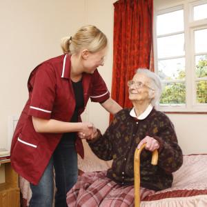 Radni chcą podwyżek i umów o pracę dla opiekunów