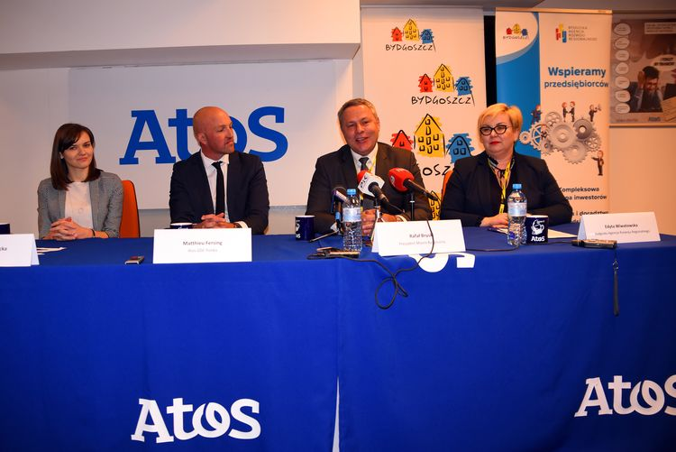 Firma zaprezentowała swoje plany podczas konferencji prasowej (fot. UMB)