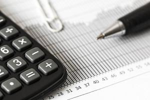 Zwolnienie z PIT dla młodych, wyższe koszty uzyskania przychodu będą kosztować kilkanaście miliardów złotych
